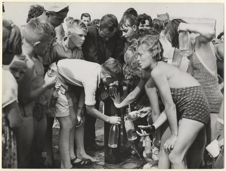 Iedereen wilde in de jaren vijftig gratis ijskoud water uit deze pomp aan het einde van de boulevard.