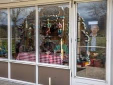 Draaiorgelconcertjes vallen in de smaak bij bewoners Zwolse zorgcentra: 'Volgende week nog een dag'