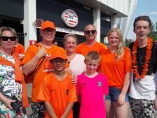 Veel oranje, veel plezier en heel veel voetbalmeisjes