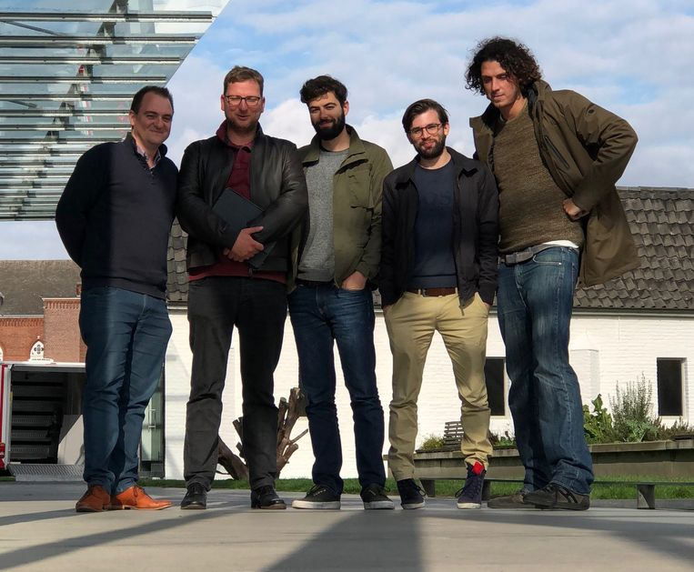 De oprichters van Delta: Nicolas Van Eenaeme, Lorenz Bogaert, Filip Minev, Nicolas Van Hoorde en Toon Coppens.