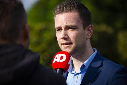 Manager Thomas Scherpenzeel geeft uitleg over de Nederlandse YouTubers die in Amerika zijn aangehouden.