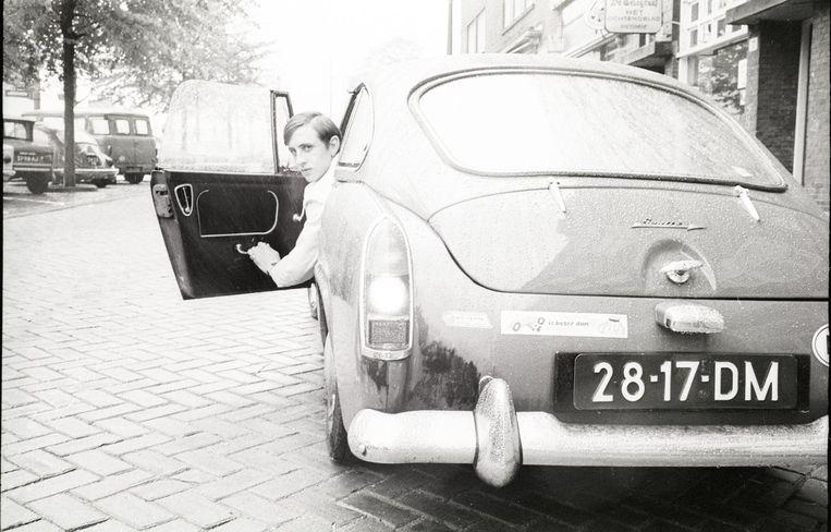 Cruijff in zijn Austin Healey Sprite, 1967/1968 Beeld hollandse hoogte/VI images