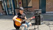 Straathoekwerk bestrijdt eenzaamheid met straatconcertjes