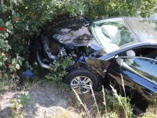 Geluk bij ongeluk: gezin met kinderen ongedeerd na flinke botsing in Wanroij