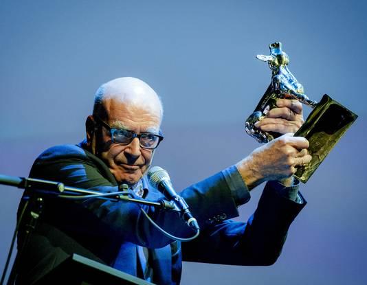 Producent Burny Bos ontving vorige week op de openingsavond van het Nederland Film Festival al het Gouden Kalf voor de Cultuur.