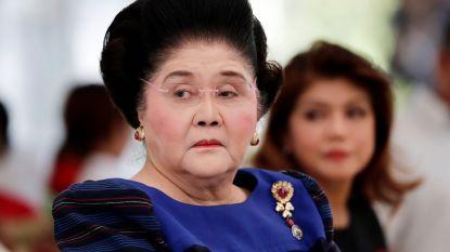 Imelda Marcos viert 90ste verjaardag: 240 gasten met voedselvergiftiging naar ziekenhuis
