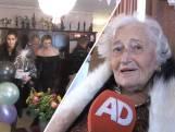Ria (105) viert haar verjaardag nog gewoon thuis