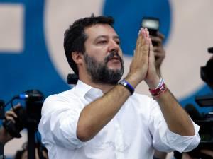 Salvini repart à l'assaut du pouvoir à Rome