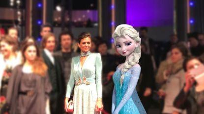 """""""Ze lijkt wel prinses Elsa uit 'Frozen'"""": Astrid Coppens trekt de aandacht op première"""