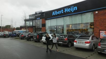 Rechter bezoekt shoppingcenter Driespoort om bouwovertredingen vast te stellen