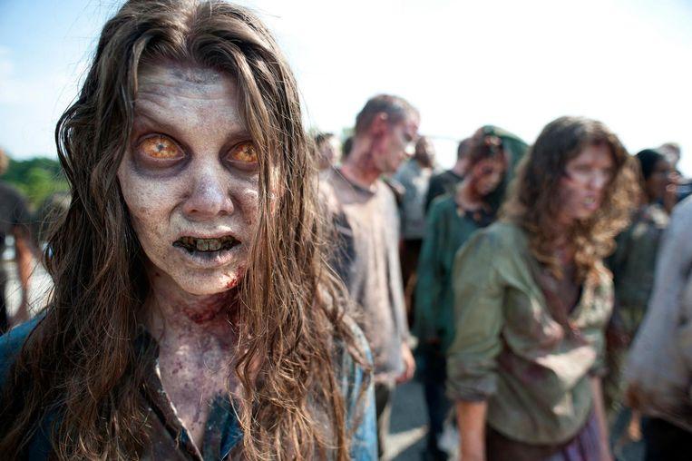 Een beeld uit seizoen twee van de hitserie 'The Walking Dead', dat gebaseerd werd op de stripboeken van Robert Kirkman.