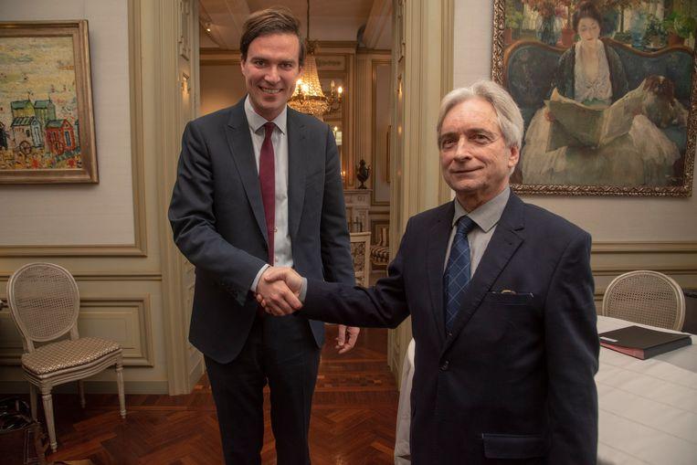 Mathias De Clercq heeft in Gent de eed afgelegd als burgemeester bij waarnemend gouverneur Didier Detollenaere.