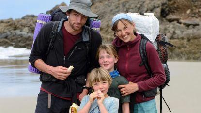 """""""Geweldig"""": 3.000 kilometer te voet dwars door Nieuw-Zeeland met twee kleine kinderen"""
