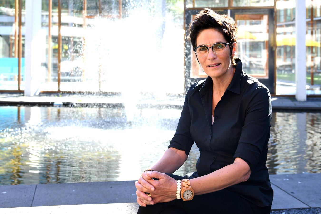 """Lizeth Schellekens is  expert mensenhandel binnen Taskforce RIEC van Brabant en Zeeland. ,,Ik kom onbeschrijfelijke situaties tegen."""""""