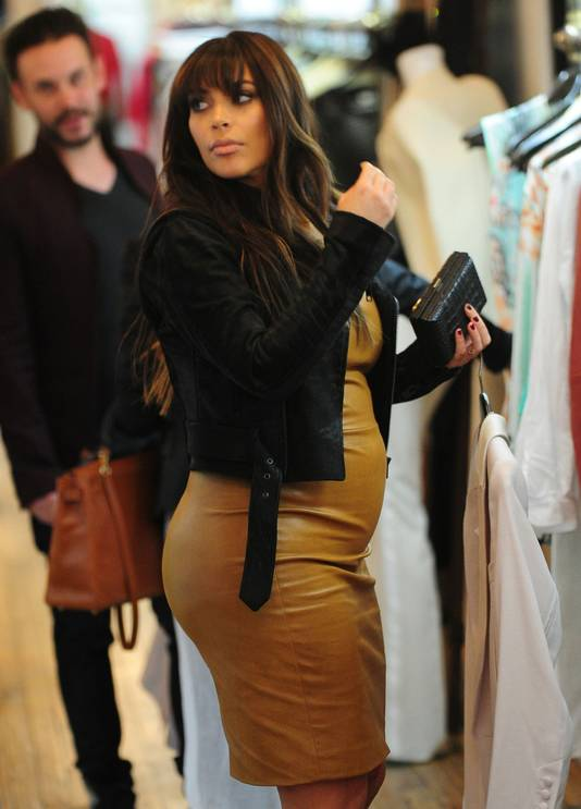 Zwangerschapskleding Enschede.Vette Kim Kardashian Kan Niet Stoppen Met Eten Sterren Ad Nl