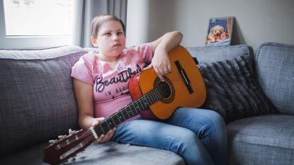 """Tweede klap voor gezin: """"Toen haar broertje stierf, troostte Selin ons. Wat als we ook haar verliezen?"""""""