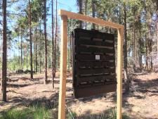 Bergeijk leidt letterzetter met lokstof om de tuin (en uit het bos)