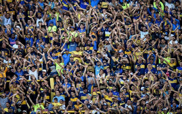 Fans van Boca Junior in La Bombonera, het stadion van de Argentijnse topclub.