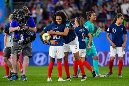 Franse voetbalsters verdienen op jaarbasis samen evenveel... als Neymar in drie weken bij PSG