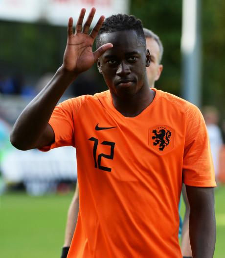 Ook Teze staat te trappelen bij PSV: 'Op het moment dat ik er moet staan, zorg ik ervoor dat dat gebeurt'