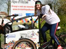Nieuwegeinse Liduina organiseert Legobeurs tegen kanker: 'Zo draag ik mijn steentje bij'