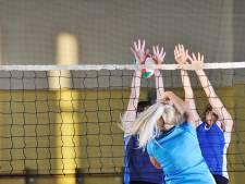Volleybalsters Forza hebben niks in te brengen in midweeks duel
