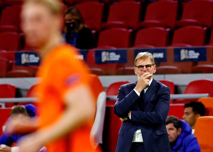 Dwight Lodeweges ziet Oranje verliezen van Italië.