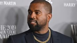 """""""Een teken van de duivel"""": Kanye West ziet komst van coronavaccin met argwaan tegemoet"""