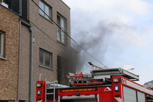 Het appartement is onbewoonbaar verklaard door de brand.