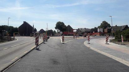 2e Carabinierslaan gaat dicht door werken aan rotonde