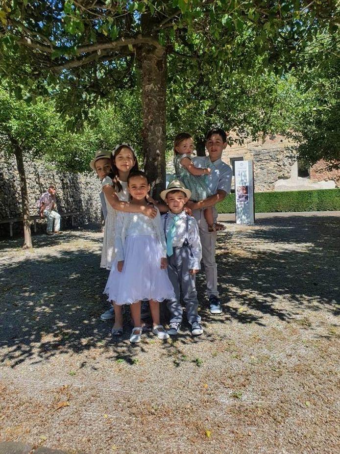 Haar man Benjamin en haar kinderen Ilya (13), Ismay (11), Esaias (9), Ainoa (7), Simeï (5) en Maïssa (2,5) blijven wel topprioriteit.