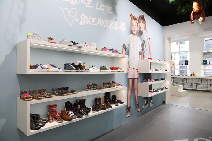 Kinderschoenen Eindhoven.Straatbeeld Nog Altijd Kinderschoenen Shoesme Open In Pand