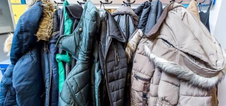 Warme jas of muts over? Kledingbanken zijn er blij mee
