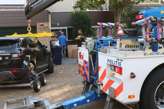De Range Rover is door de politie in beslag genomen.
