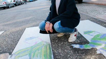 Louisa (13) zet zebrapad aan Collegestraatje in de verf