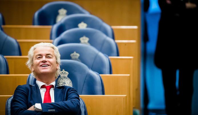 Geert Wilders in de Tweede Kamer.  De PVV-leider wist een debat over zijn rechtszaak af te dwingen in de Tweede Kamer, waardoor minister Ferd Grapperhaus (Justitie) in een lastig parket terechtkomt.