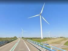 Windmolens bij Oosterscheldekering mogen hoger worden, bezwaren tegenstanders van tafel geveegd
