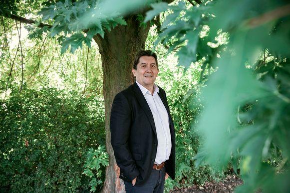Gouverneur Reynders wil meer bomen.