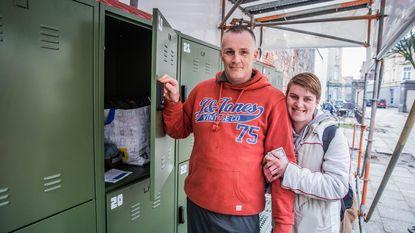 """Gent voorziet 30 opbergkastjes voor daklozen: """"Kledij in ene locker, vuile was in andere"""""""