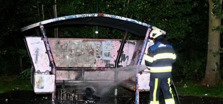 Scooter in brand bij jongerenhangplaats in Boxtel