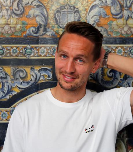 De Jong vindt in Sevilla perfecte plaatje: 'Ik heb geleerd te genieten van het moment'