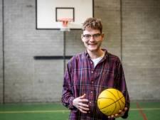 """Maandje pauze van blowen maakt Eindhovense jongeren weer energiek: ,,Ik rookte uit verveling"""""""