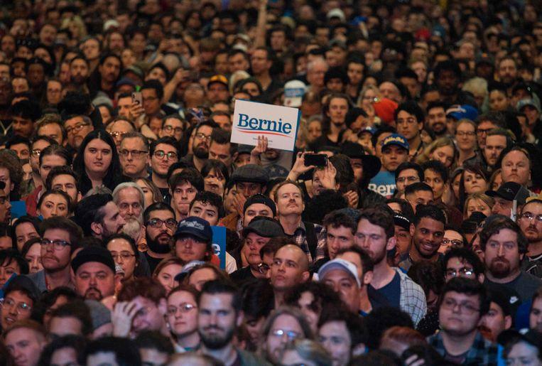 De Democratische achterban van senator Bernie Sanders. Beeld AFP