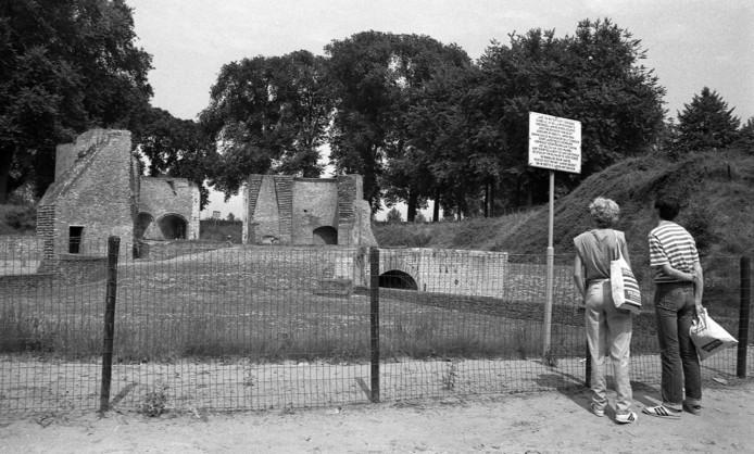 De Keldermanspoort was in 1984 nog een onbereikbare toeristische attractie.