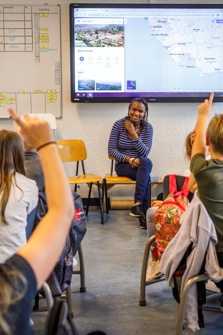 Statushouder in klas moet kinderen in Zwartewaterland bewust maken van belang alfabetisering