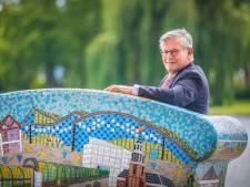 Charlie Aptroot ook op vakantie bereikbaar: 'Zoetermeer is ook op het Friese water nooit ver weg'