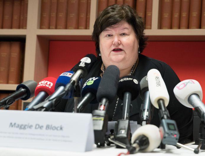 La ministre De Block, mardi, en conférence de presse