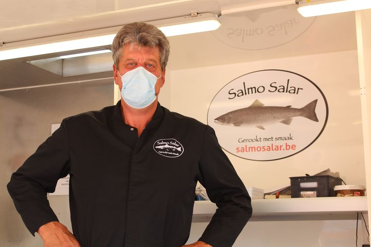 """Jan Meerschman is """"een tevreden man"""" na de markt in Beveren-Leie."""