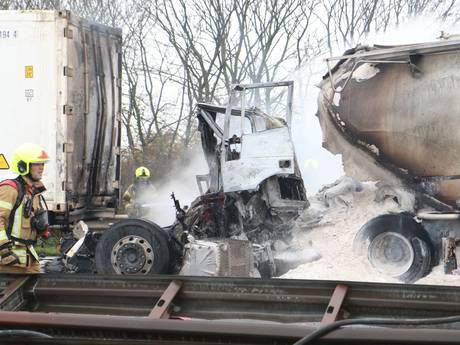 A29 weer open richting Bergen op Zoom na fataal ongeval bij Haringvlietbrug