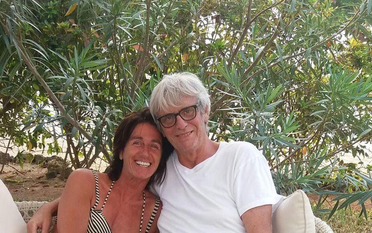 Pieter Aspe met zijn partner Tamara in Zanzibar.